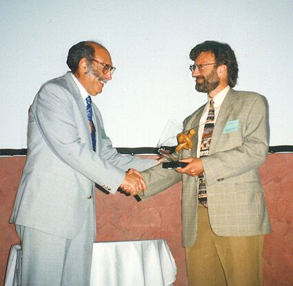 Dr. Hans van der Sloot receives the second ISCOWA Award at Wascon 1997